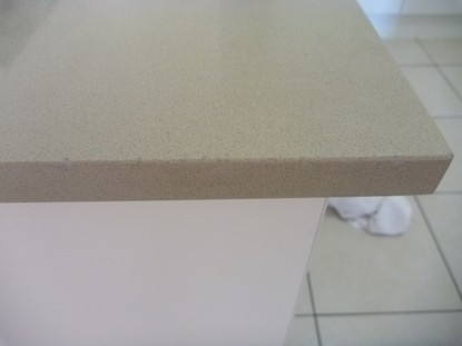 Chip and crack repairs Caesarstone - Smartstone - Quantum Quartz - Essa Stone - Granite - Marble - Limestone - Travertine benchtops, tops, vanities, floors, tiles in Brisbane - Gold Coast - Sunshine Coast