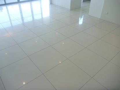 Sàn sứ & gạch ốp tường làm sạch, loại bỏ sáp, loại bỏ vết bẩn và niêm phong - Thành phố Brisbane, Gold Coast, Sunshine Coast, Tweed Heads